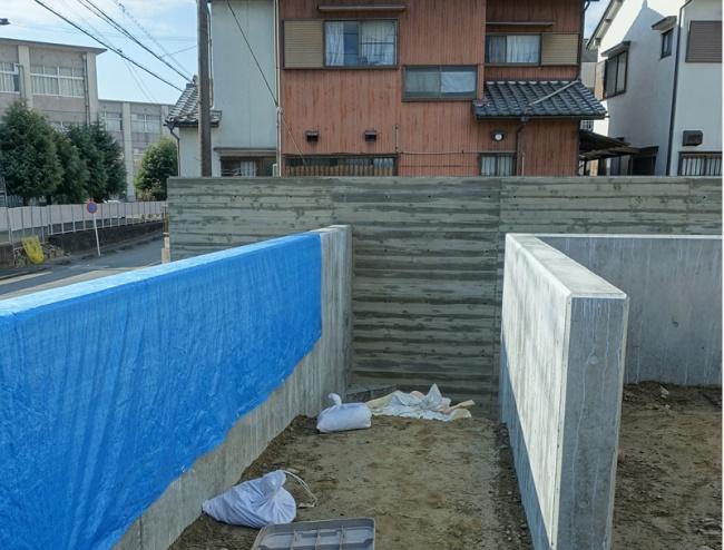 コンクリート本実型枠