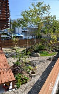 阿部建設の庭