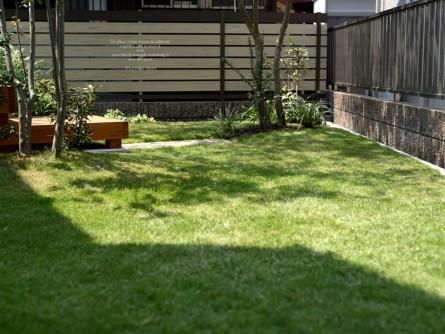 芝生のにわ