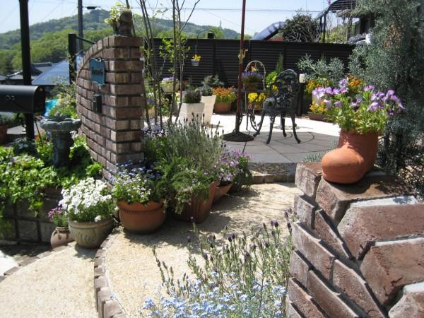 春日井市の家族を繋ぐ大切な庭