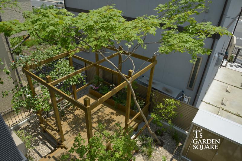 ウッドデッキ雑木の庭