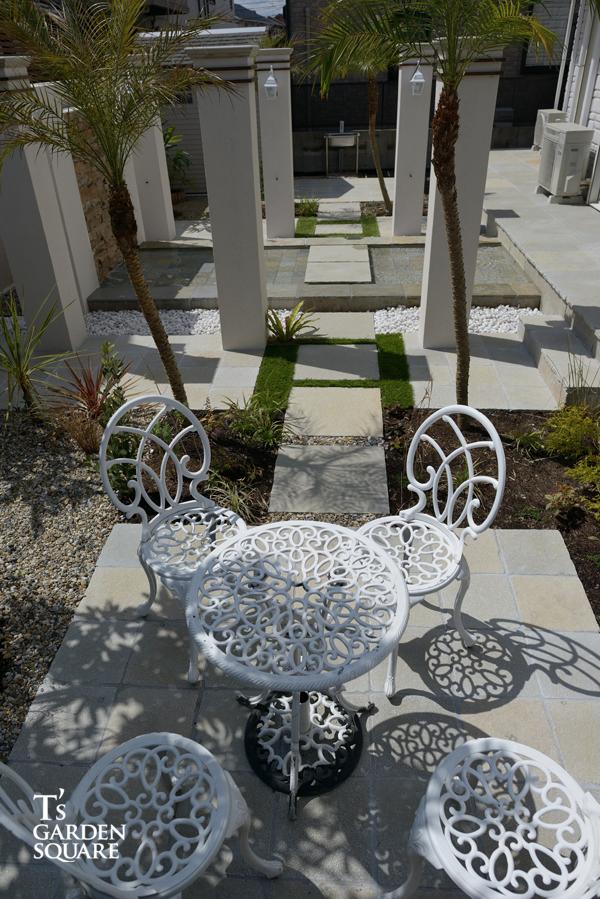 リゾートの庭